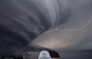 NOAA Seeks Tech Partner for Weather Forecasting Innovation Hub