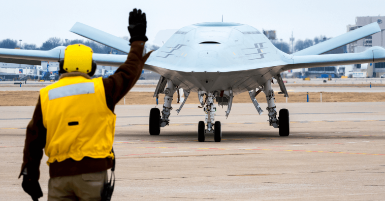 Boeing, Northrop Demo Manned-Unmanned Teaming Capabilities Using MQ-25, E-2D, F/A-18 Simulations - top government contractors - best government contracting event