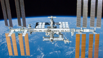 NASA Issues RFI for Commercial Crew Space Transportation Services - top government contractors - best government contracting event